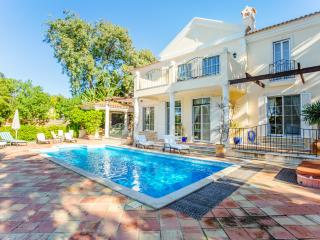 Pinheiros Altos - Villa Elegancia - Portugal vacation rentals