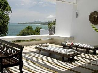 Stunning 2-Bed Sea View Apartment in Kamala - Kamala vacation rentals