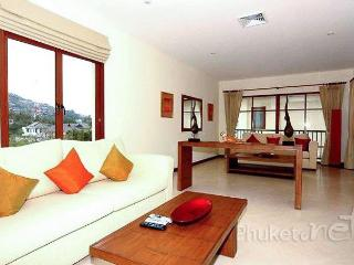 Spacious 2-Bed Apartment near Bangtao Beach - Kamala Beach vacation rentals
