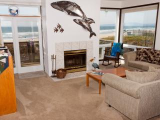 3 bedroom Apartment with Housekeeping Included in Pajaro Dunes - Pajaro Dunes vacation rentals