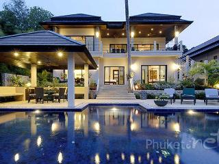 Spacious 6-Bed Pool Villa near Nai Harn Beach - Nai Harn vacation rentals