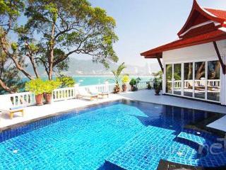 Elegant 5-Bed Ocean View Villa in Patong - Patong vacation rentals