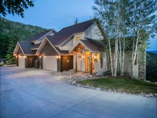 1 Night Free for Week-long Rentals in Summer - Luxurious Amenities, Private Shuttle in Winter (10009) - Steamboat Springs vacation rentals