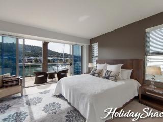 Marina View - Safety Beach Luxury Retreat - Safety Beach vacation rentals