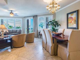 Beautiful 2 bedroom Miramar Beach Condo with Shared Outdoor Pool - Miramar Beach vacation rentals
