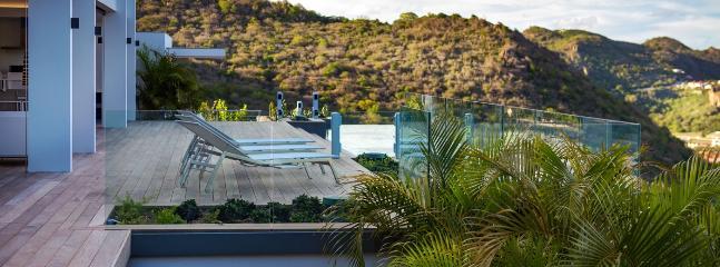 Villa Bastide 3 Bedroom SPECIAL OFFER Villa Bastide 3 Bedroom SPECIAL OFFER - Lurin vacation rentals