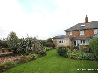 Jacobs Pond, Nr Monksilver - Cottage between Exmoor and the Quantocks - sleeps up to 7 - Sampford Brett vacation rentals