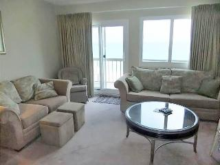 Perfect Condo with Internet Access and Shared Outdoor Pool - Panama City Beach vacation rentals