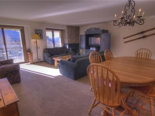 Avon Center 605, 4BD Condo - United States vacation rentals
