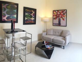 Small Complex, Isla Verde Beach - Isla Verde vacation rentals