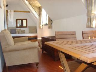 Suns Apartment, Portimão, Algarve - Portimão vacation rentals