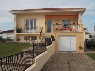 Nice Condo with Internet Access and Wireless Internet - Villeneuve-sur-Lot vacation rentals