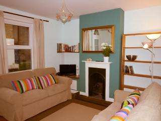 68 St Mary's Road Cowes - Cowes vacation rentals