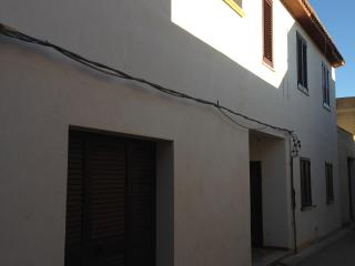 "Casa vacanze ""La Loggia"" - Campobello di Mazara vacation rentals"