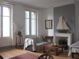Appartement pour 6 personnes centre ville - Bordeaux vacation rentals