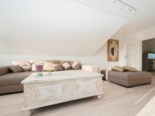 Beste Lage 5 Sterne vom DTV sehr luxuriös neu - Halstenbek vacation rentals