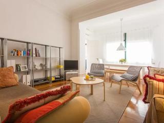 SPECIAL PRICE! Misha's Place at Avenida - Lisbon vacation rentals