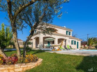 Stonegate Estate - Brsec vacation rentals