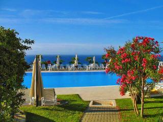 Casa Delle MARGHERITE 2 con piscina e vista mare - Cipressa vacation rentals