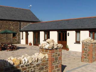 Hele Barton near Bude - Courtyard Stables Sleeps 2 - Widemouth Bay vacation rentals