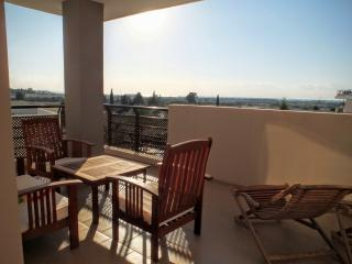 Luxurious 1 bedroom flat with sea view - Oroklini vacation rentals