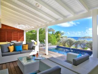 LITTLE PARADISE II... Charming 3 BR  villa with beautiful views, 7 min drive to Orient Beach or Grand Case! - Cul de Sac vacation rentals