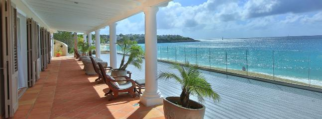 Villa Les Trois Jours 5 Bedroom SPECIAL OFFER - Baie Longue vacation rentals