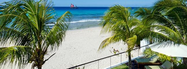 Radwood Beach House 2 SPECIAL OFFER: Barbados Villa 171 Yards Of Powdery Beach And Exceptional Swimming And Snorkelling In The Privacy Of Your Own Beachfront Haven. - Fitts Village vacation rentals