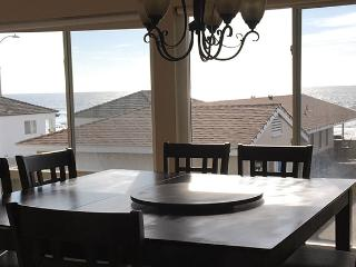 Bright Oceanside Apartment rental with Dishwasher - Oceanside vacation rentals
