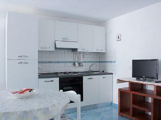 APPARTAMENTI CRIAGE MEDITERRANEO - Marina Di Campo vacation rentals