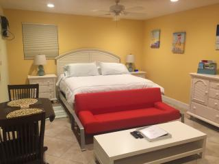 3 Blocks to Beach - Large Boutique Studio - Pool - Lauderdale by the Sea vacation rentals