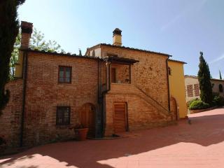 Quadrilocale a Montaione per 8 persone ID 35 - Montaione vacation rentals
