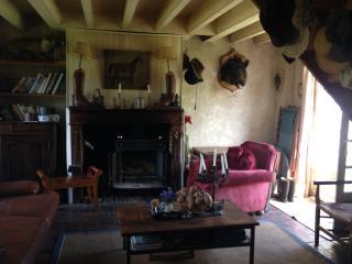 Sainte-Suzanne, la ferme du Prieuré ND du Désert - Breteuil vacation rentals
