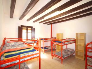 Alberg de Talarn - Argenteria - Group Room (10 adults) - Talarn vacation rentals