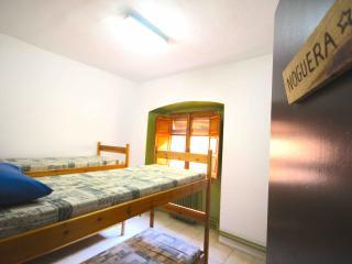 Alberg de Talarn - La Noguera - Standard Double Twin Room - Talarn vacation rentals