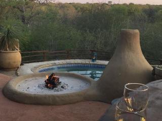 Cozy 3 bedroom House in Marloth Park with Television - Marloth Park vacation rentals