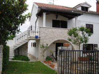 Ondina - Funtana vacation rentals