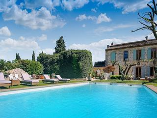 La Belle de Tarascon, Sleeps 12 - Provence vacation rentals