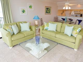 2 bedroom Apartment with Shared Outdoor Pool in Fort Myers - Fort Myers vacation rentals