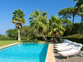 Huge St. Tropez villa, perfect for weddings. ACV HAP - Le Plan-du-Var vacation rentals