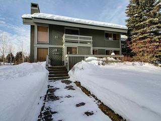 Townhouse for 6 near Dollar Mountain, shared pools/sauna! - Sun Valley vacation rentals