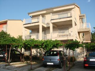 Brankica A1 VELIKI (8+1) - Selce - Selce vacation rentals