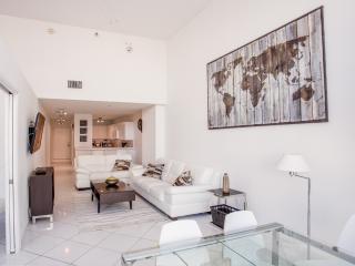 Beautiful 2 Bedrooms Apartment – Walking distance - Miami Beach vacation rentals