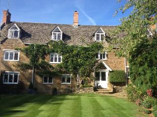 16th Century Court House available for B&B - Sibford Gower vacation rentals