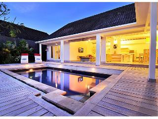 3 bedroom Blanchet Villa Oberoi - Seminyak vacation rentals