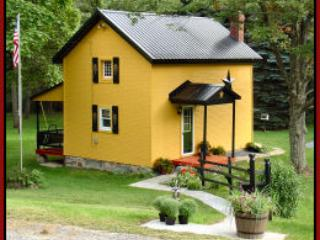 Welcome To The Country Willow House - Bedford vacation rentals