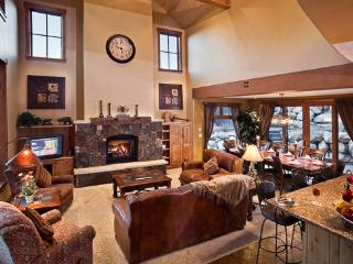 4BR Deluxe! Black Bear Chalet - Steamboat Springs vacation rentals