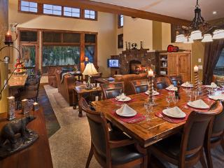 Spacious 4 bedroom Steamboat Springs House with Deck - Steamboat Springs vacation rentals