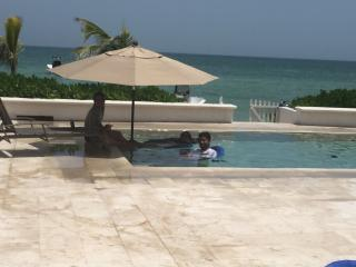 Nice Villa with Internet Access and A/C - Progreso vacation rentals