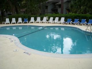 Rci Gold Crown, 4 Min Walk to Beach - Hilton Head vacation rentals